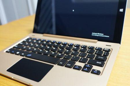 Onda OBook10 Ultrabook Tablet PC レビュー