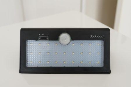 太陽光パネル搭載で電池が要らない!dodocool LED ソーラーライトレビュー