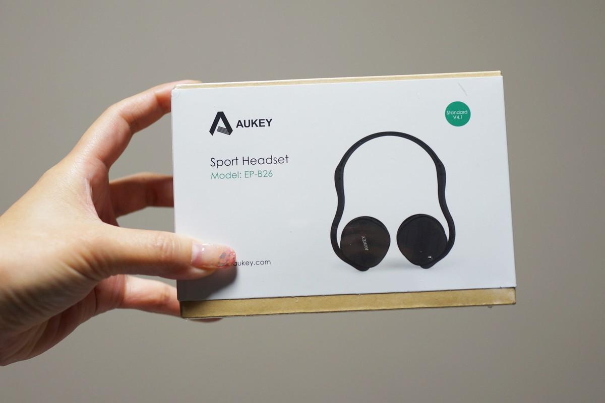 AUKEY EP-B26 耳掛け式bluetoothヘッドホンレビュー