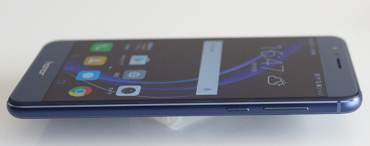 Huawei Honor 8 FRD-L19 GLOBAL VERSION 外観写真