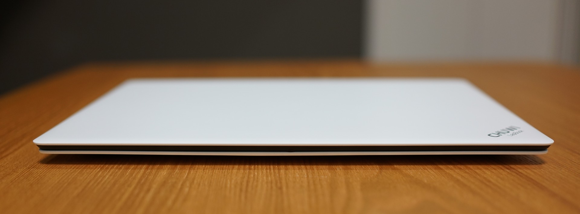 CHUWI LapBook 14.1 の実機レビュー