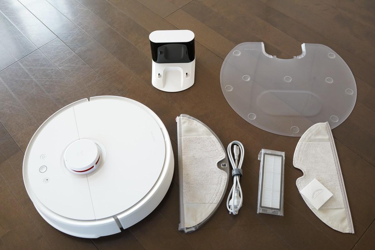 Xiaomiの水拭きが出来る新型お掃除ロボットレビュー Xiaomiのお掃除ロボットの付属や対応のプラグについて