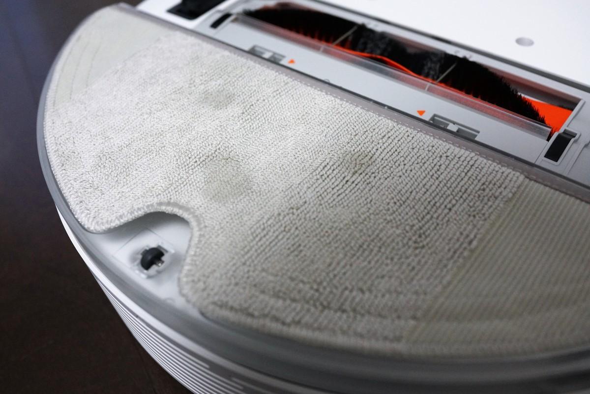 Xiaomiの水拭きが出来る新型お掃除ロボットroborock S50レビュー 水拭きの様子の参考画像