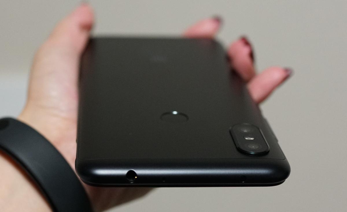 Xiaomi Redmi Note 6 Pro レビュー カメラやCPUの評価と割引クーポンまとめ