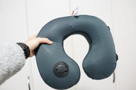 温め機能で肩こりも解消できるネックピローレビュー