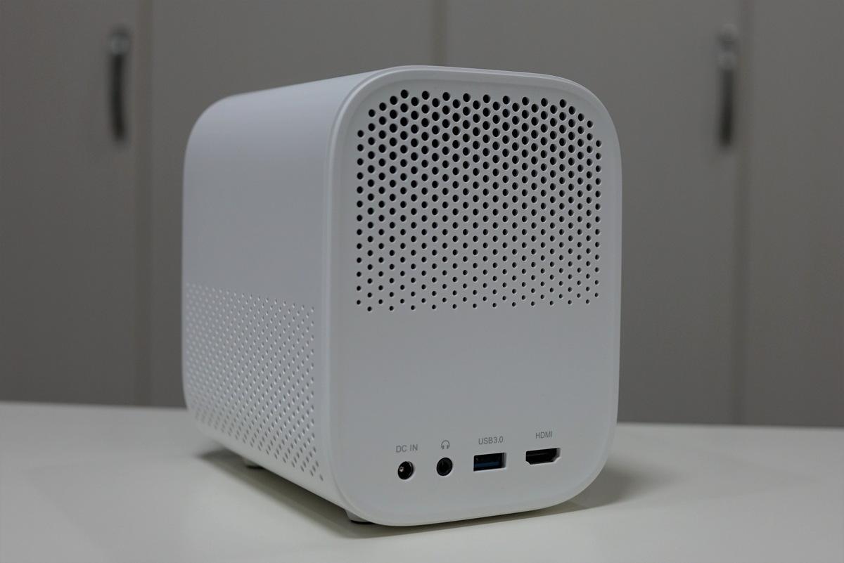スマホを手軽にキャストしてホームシアター化できるXiaomi Mijia MJJGTYDS02FM小型プロジェクターレビュー
