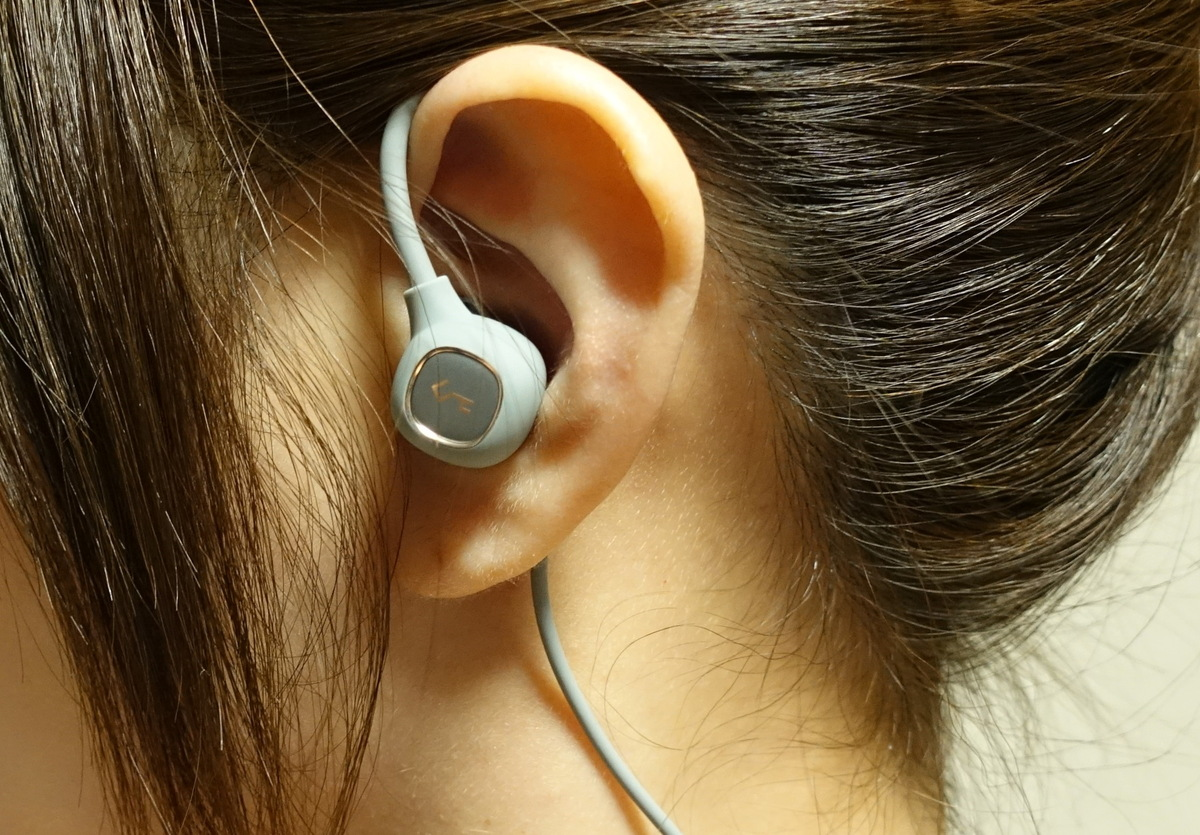AUKEYのBluetooth5.0+EDR Hi-Fi高音質・aptX・TYPE-C充電・8時間再生可能なBluetooth耳掛けAUKEYイヤホンレビュー