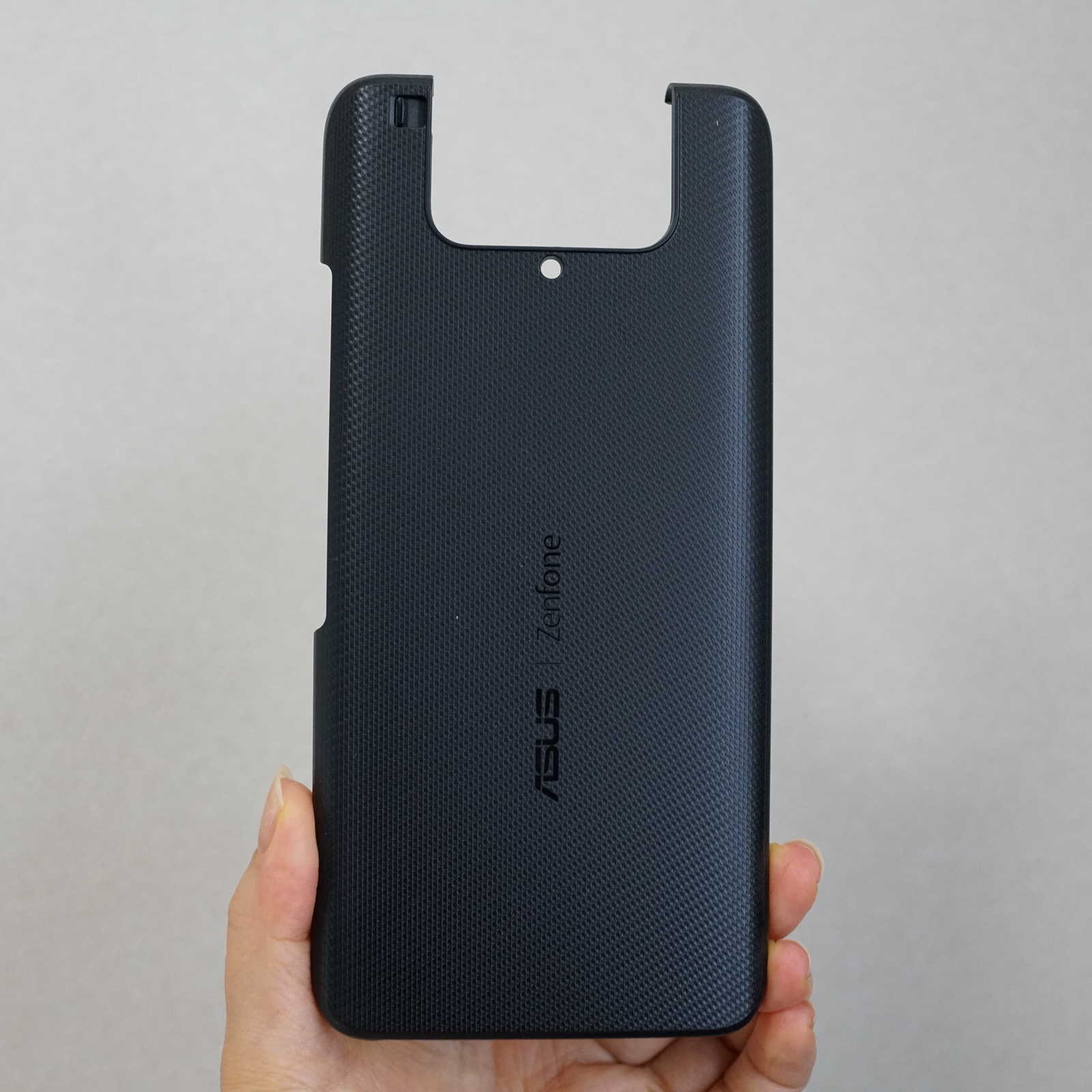 ASUS Zenfone 8 Flip レビュー 保護ケースの写真写真
